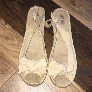 Tan sandal with slight heel